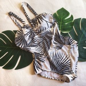 Tommy Bahama Retro Look Swimsuit Black Cream Palms